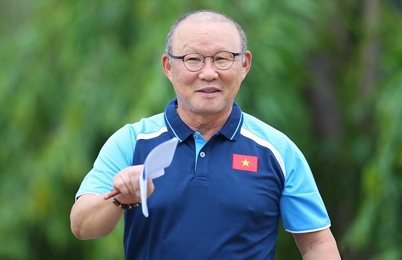 HLV Park Hang Seo ẩn ý nói về bản hợp đồng với VFF