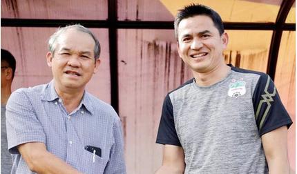 Bầu Đức đồng ý để HLV Kiatisak về với tuyển Thái Lan