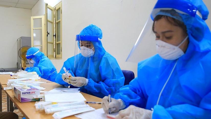 Phát hiện thêm 21 trường hợp dương tính Covid-19 mới tại Hà Nội