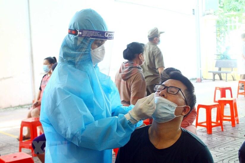 Thêm 5.155 ca mắc mới Covid-19, Việt Nam có 215.560 ca nhiễm