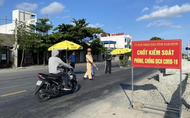 Từ 13/8, Nam Định ngừng tiếp nhận người trở về từ các địa phương đang thực hiện Chỉ thị 16