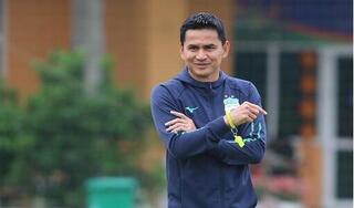 HLV Kiatisak bỏ ngỏ khả năng trở lại dẫn dắt tuyển Thái Lan
