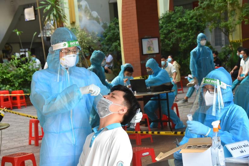 Sau 1 tháng sạch dịch, Bắc Giang lại phát hiện liên tiếp 6 ca Covid-19 mới