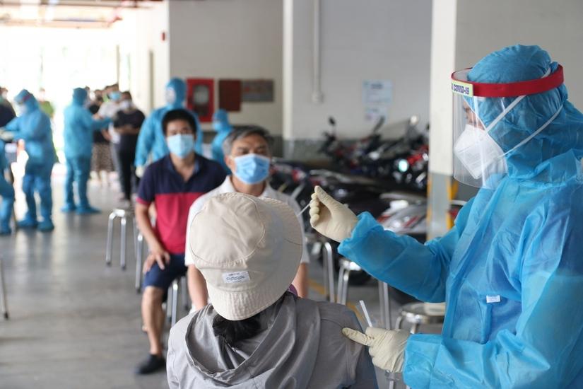 Tối 25/8, Việt Nam ghi nhận thêm 12.096 ca mắc mới Covid-19