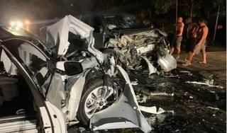 Xe con tông trực diện xe bán tải, Chánh văn phòng UBND huyện tử vong