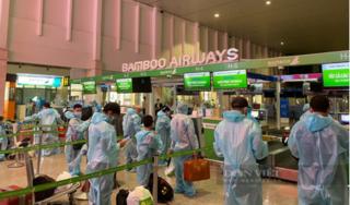 Gần 200 công dân Thanh Hóa có hoàn cảnh đặc biệt khó khăn đã về tới quê nhà