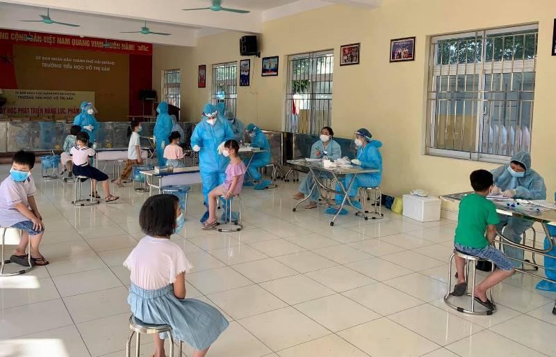 Phát hiện 2 học sinh tiểu học tại Thanh Hóa dương tính Covid-19