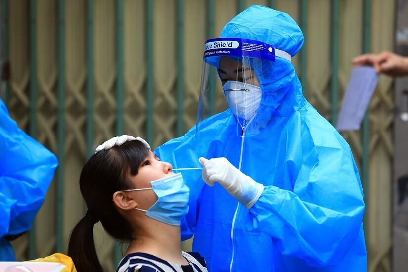 Sáng 2/9, Nghệ An ghi nhân thêm 13 ca dương tính SARS-CoV-2 mới