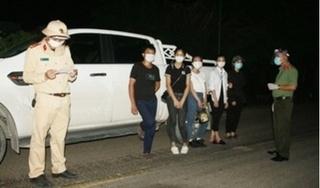 Phát hiện xe bán tải chở 4 người từ Hà Nội về Nam Định