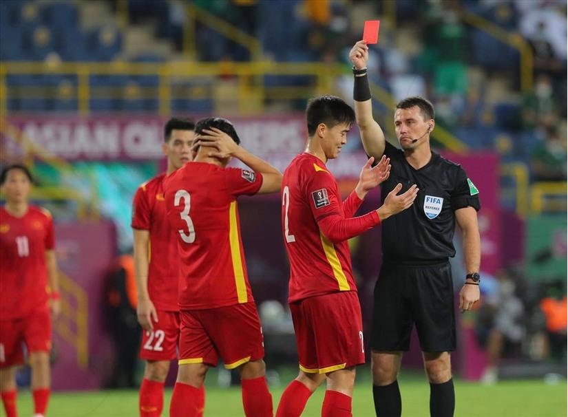 Trọng tài đã sai khi thổi phạt đền tuyển Việt Nam