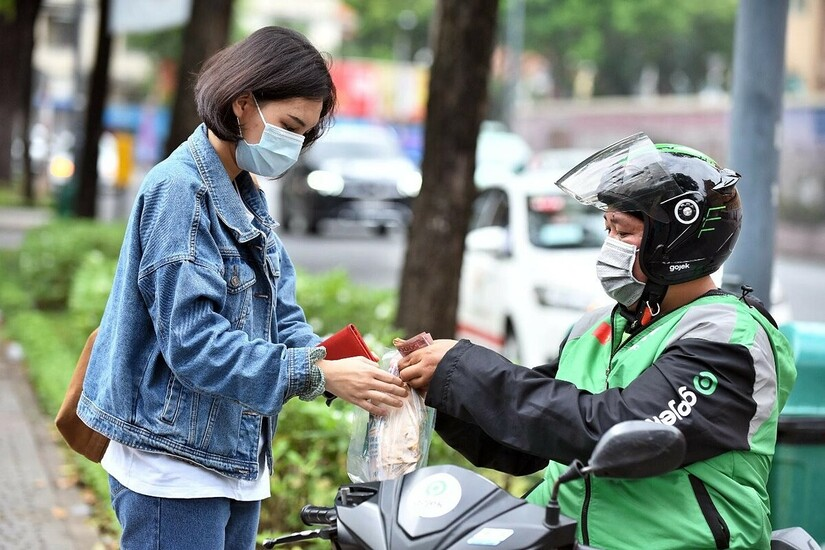 TP.HCM cho mở lại dịch vụ ăn uống, chỉ bán mang đi từ 6-18h hằng ngày