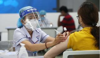 Hà Nội lập kỷ lục tiêm hơn 411.000 liều vaccine Covid-19 trong ngày