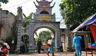Hà Nội: 2 vợ chồng bán rau ở chợ mắc Covid-19, phong tỏa xã hơn 9.000 dân