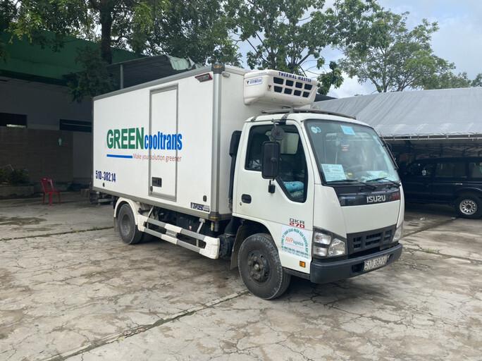 15 người ngồi thùng xe đông lạnh né chốt kiểm dịch ở Bình Thuận được đưa về quê