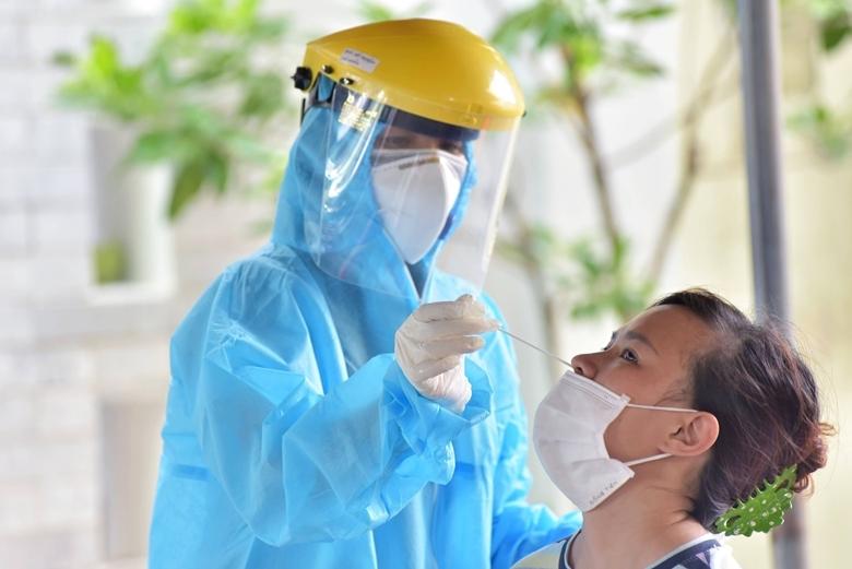 Trưa 16/9, Hà Nội ghi nhận thêm 12 ca dương tính SARS-CoV-2 mới