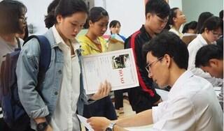 Điểm chuẩn đại học tăng mạnh hơn dự đoán
