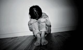 Bé gái gái 6 tuổi ở Hà Nội tử vong bất thường, nghi bị bạo hành