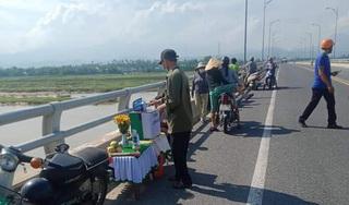 Quảng Nam: Tìm kiếm nam thanh niên nhảy cầu Giao Thủy tự tử