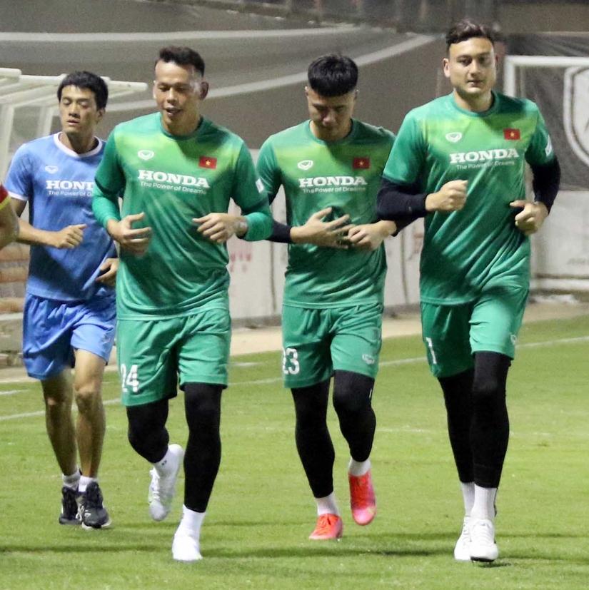 Đặng Văn Lâm chính thức lỡ hẹn với AFF Cup 2021
