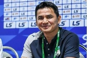 Liên đoàn bóng đá Thái Lan vẫn chưa từ bỏ Kiatisak