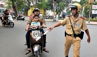 Tăng mức phạt với người quên bằng lái, đăng ký xe