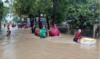 Mưa lớn gây ngập diện rộng, Nghệ An sơ tán hàng chục hộ dân