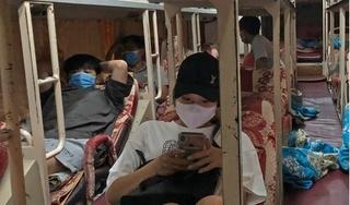 Phát hiện xe giường nằm chở trái phép 10 người rời Hà Nội về Nghệ An