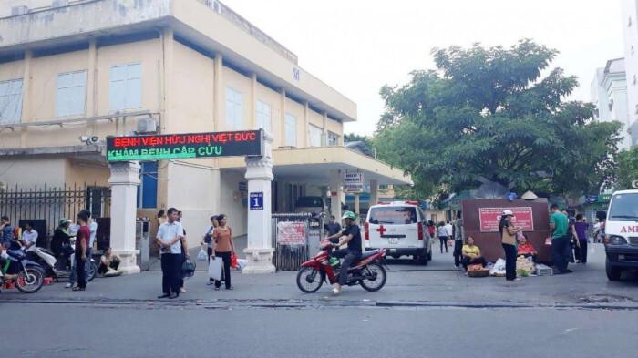 Chậm báo cáo để lây lan dịch Covid-19, Bệnh viện Việt Đức bị xử phạt