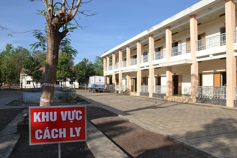 Hơn 50 học sinh, giáo viên ở Đắk Lắk phải cách ly tập trung sau 2 ngày trở lại trường