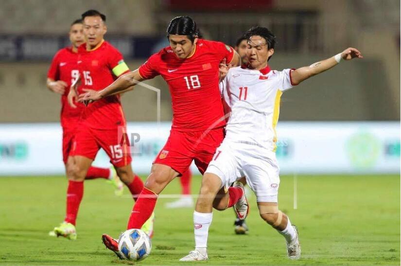 Tuyển Việt Nam nhận tin kém vui sau trận thua Trung Quốc