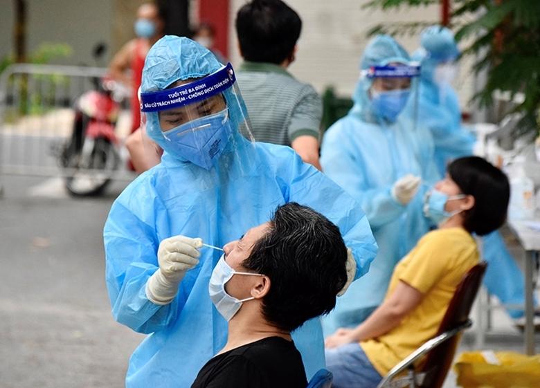 Hà Nội thêm 6 ca dương tính mới, có 5 ca liên quan Bệnh viện Việt Đức