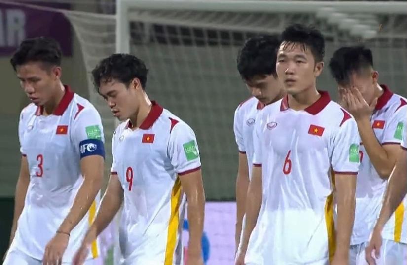 Rất lâu rồi cầu thủ Việt Nam mới lại khóc