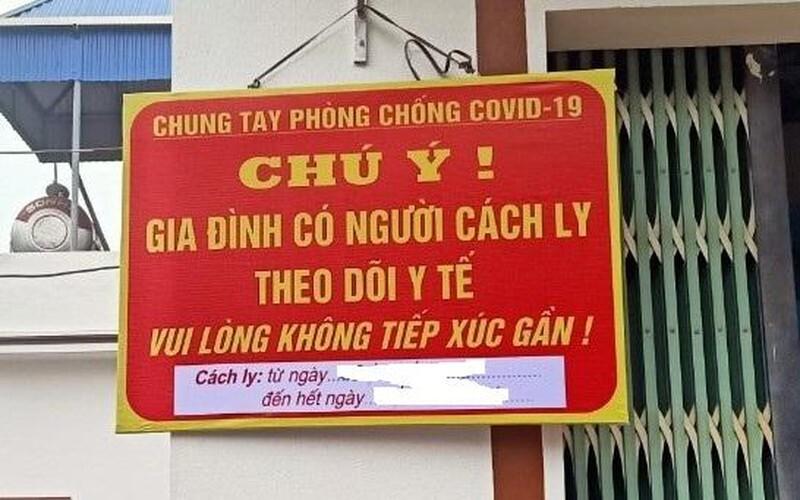 Không bắt buộc người về từ TP.HCM, Đà Nẵng về Hà Nội treo biển trước nhà