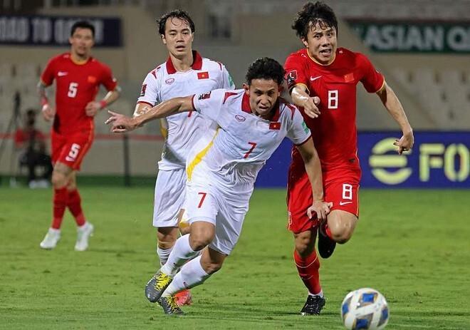 Báo Hàn Quốc khuyên tuyển Việt Nam chơi khôn ngoan hơn