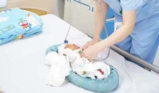 Hồi sinh trái tim cho bé sơ sinh nặng 1,5 kg bị bệnh lý tim bẩm sinh