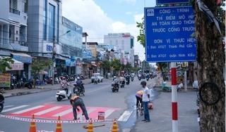 """Cần Thơ thí điểm """"Thảm an toàn cho học sinh qua đường"""" trước cổng trường học"""