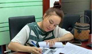 Ca sĩ Vy Oanh yêu cầu khởi tố bà Phương Hằng