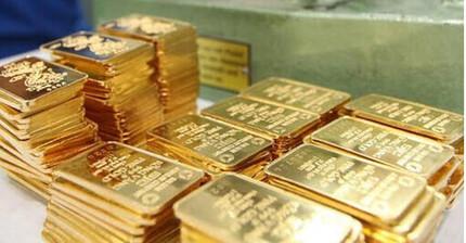Giá vàng hôm nay 26/10: Thị trường thế giới vượt ngưỡng 1.800 USD/ounce