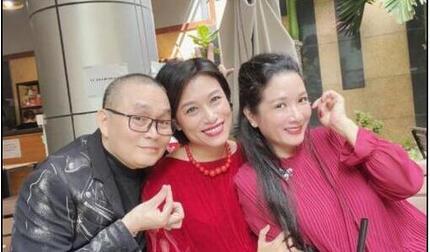 Danh hài Xuân Hinh 'đáp trả'  tin đồn qua đời vì đột quỵ