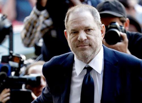 Ông trùm Harvey Weinstein ép diễn viên quan hệ đường miệng tuyên bố không có tội ở tòa
