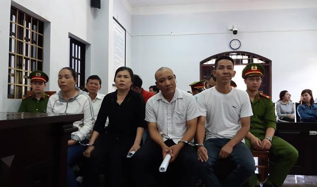 Vụ trộn vỏ cà phê với lõi pin: Nhiều bị cáo kêu oan tại tòa