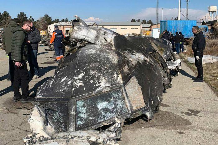 Iran bắn rơi máy bay Ukraine: Buồng lái trúng tên lửa, phi công chết ngay lập tức
