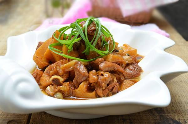 Image result for gà kho măng