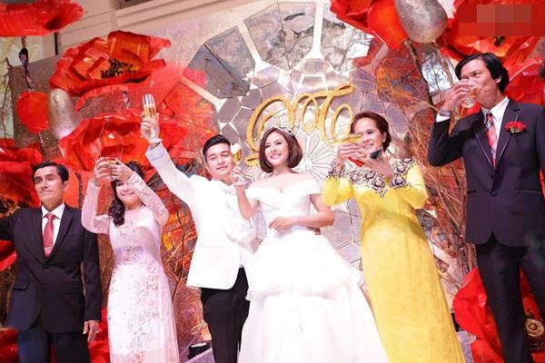 Đám cưới diễn viên Vân Trang hoành tráng