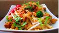 Mách bạn làm phở xào chua ngọt đậm chất Thái Lan