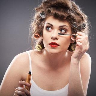 Cách vẽ mắt bằng Mascara: Tuyệt chiêu cho mắt to tròn