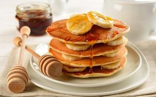 Cách làm pancake mật ong thơm ngào ngạt cho bữa sáng