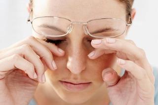 Những thực phẩm cần bổ sung vào thực đơn khi mắt nhìn bị mờ